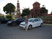 Аренда автомобиля на Родосе. В одной из деревушек...
