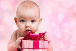 Что подарить ребёнку на 1 годик мальчику и девочке
