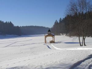 Озеро Селигер зимой