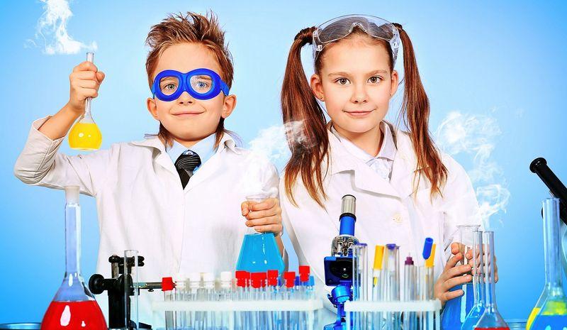 Научные эксперименты для детей в домашних условиях: 15 поразительных и развивающих опытов с описанием и объяснением, идеи