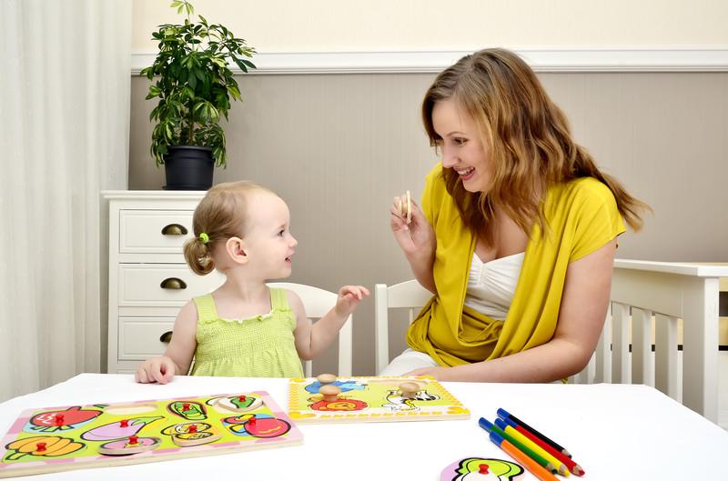 Развивающие занятия для детей 2 лет: карточки, раскраски и задания на мелкую моторику, книги